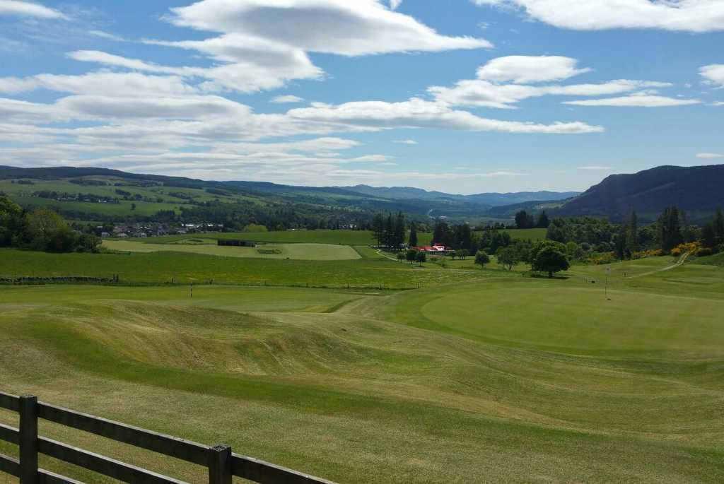 Pitlochry Golf Cottages