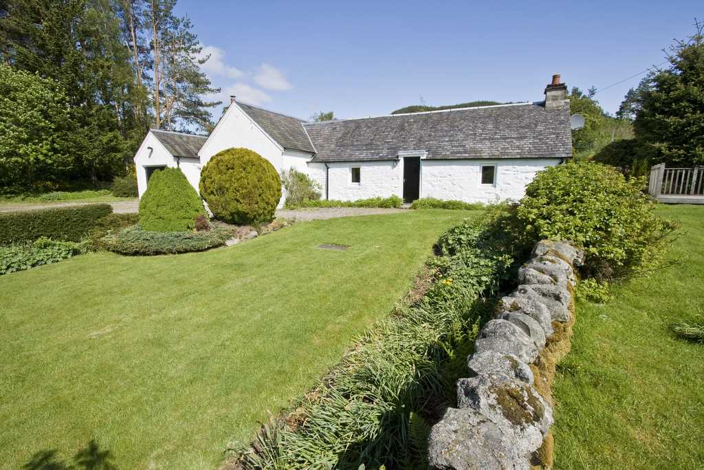 Upper Balghulan Cottage, Pitlochry